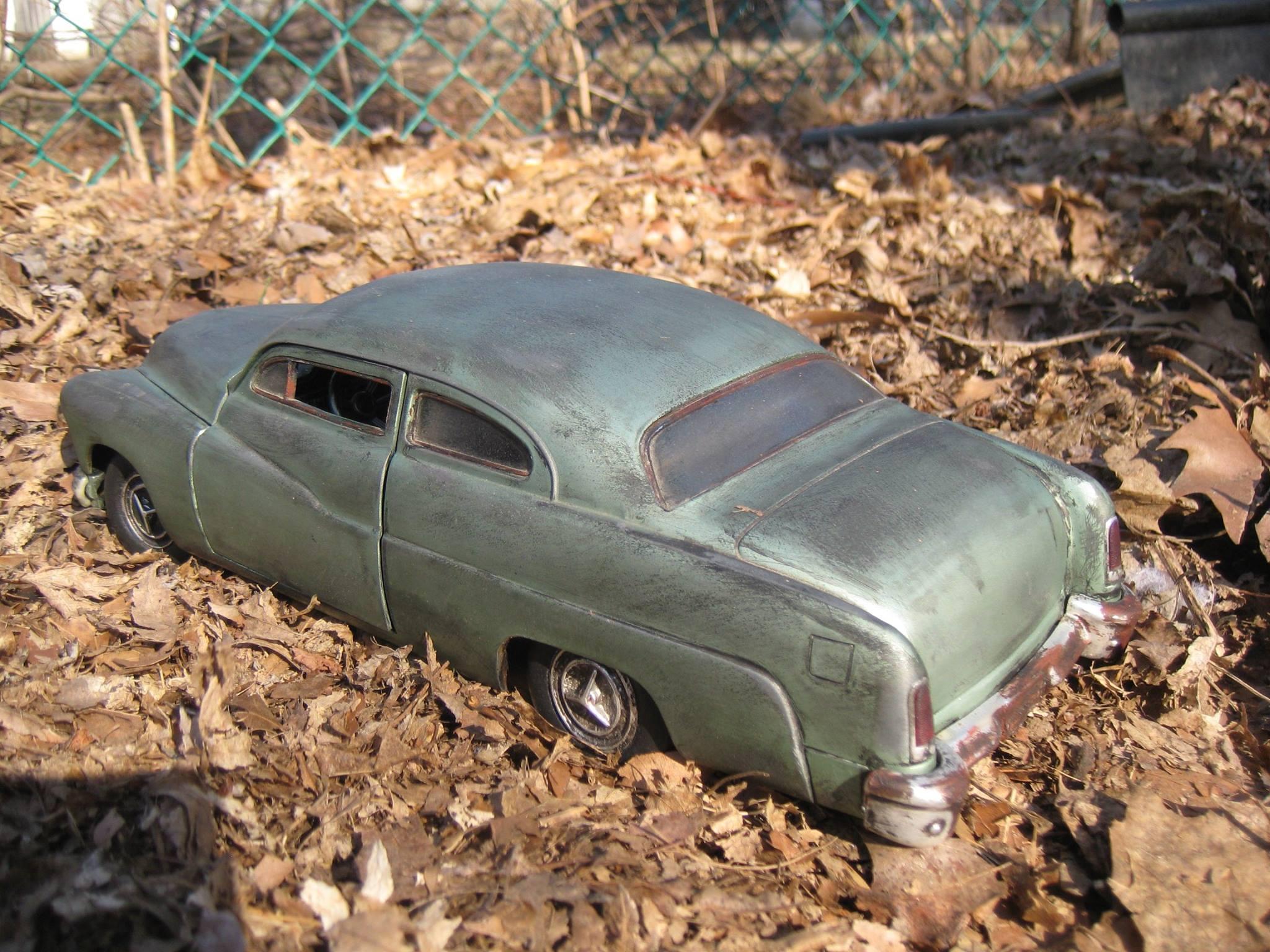 Barn-Find-Weathered-1951-118-Mercury--4