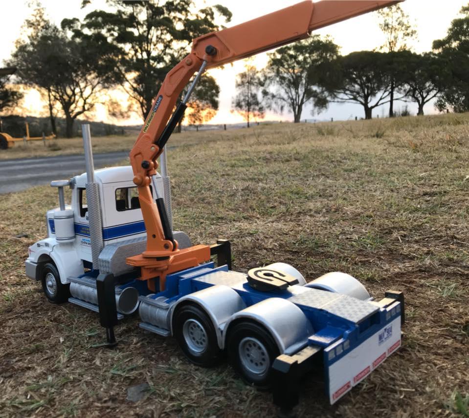 Kenworth-T404ST-crane-truck---3