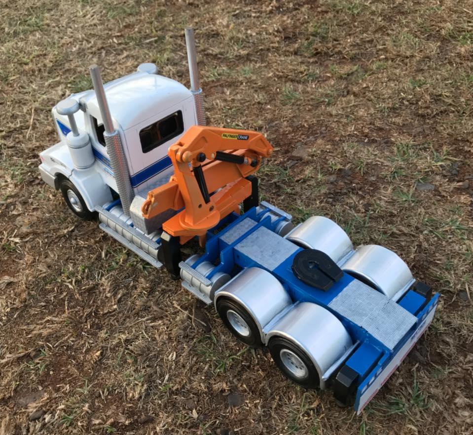 Kenworth-T404ST-crane-truck---5