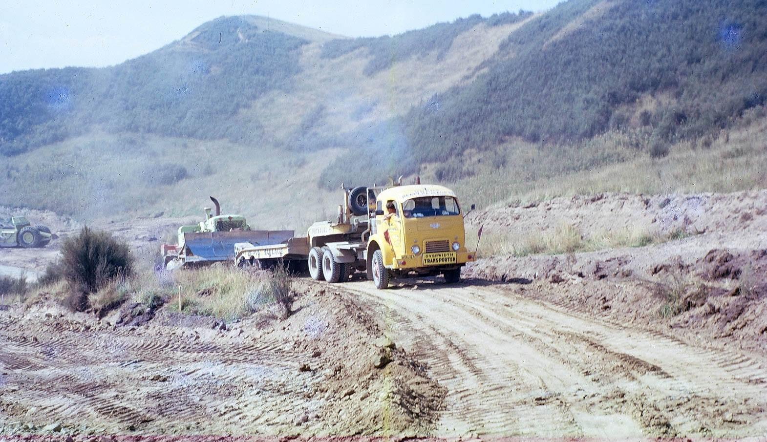 Commer-truck--Pohokura-Road-Nord-of-Trawera-6