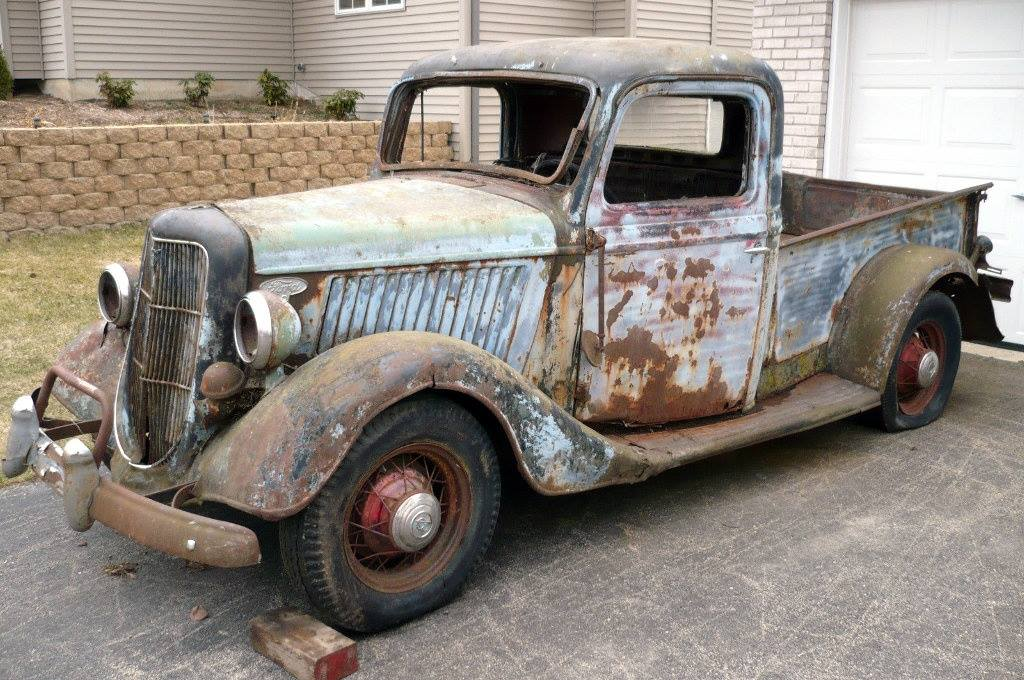 BEFORE-AND-AFTER-RESTORATION--1935-FORD-PICK-UP-Larry-Burnside---1