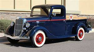 BEFORE-AND-AFTER-RESTORATION--1935-FORD-PICK-UP-Larry-Burnside---2