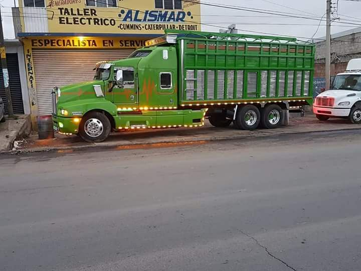 kenworth--in-green-