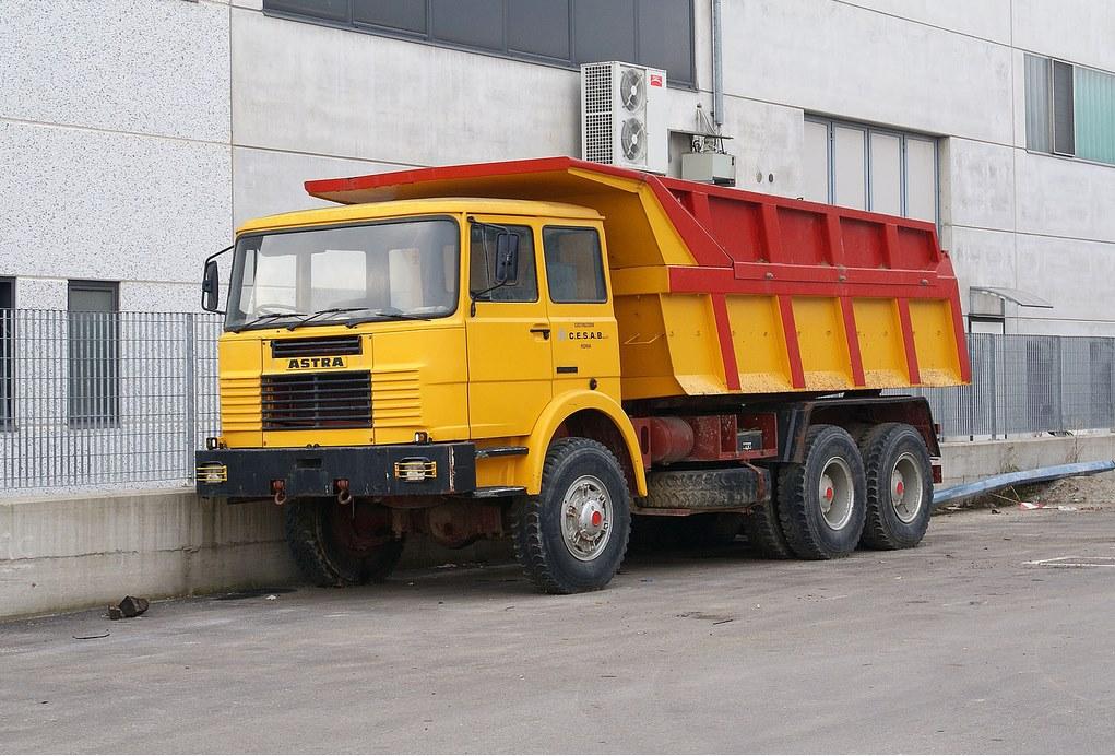 Astra-BM-20-6x6-cabine-Fiat