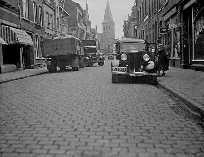 Oranje-Nassaustraat--ca-1930---