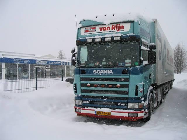 Scania-164-L-V8-480