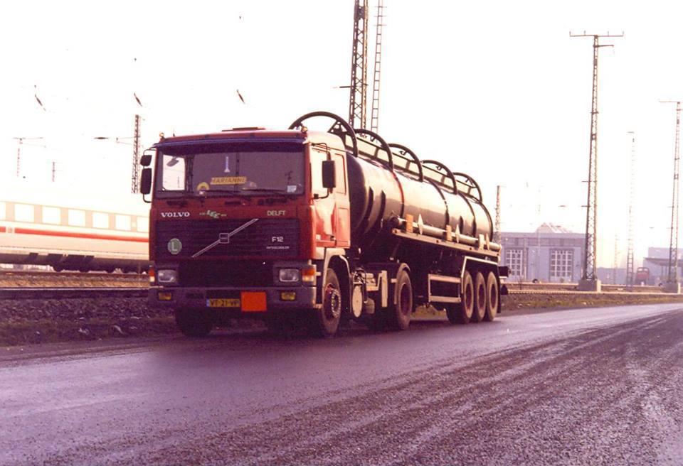 Deze-is-gemaakt-door-Ron-Hilkens-medio-2000-na-lossing-van-Ijzerchloride-bij-DB-in-Berlijn.