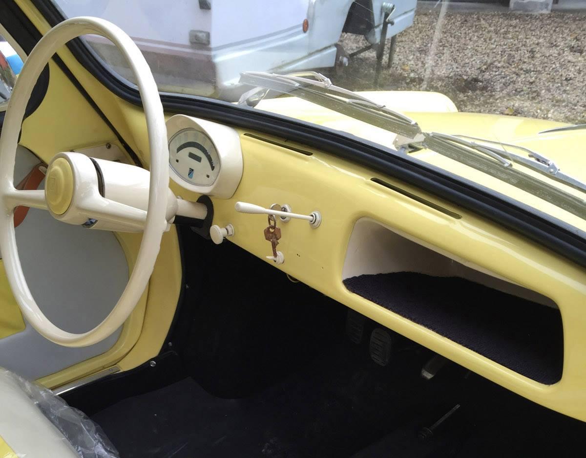 Vespa-400-Microcar-1958---3