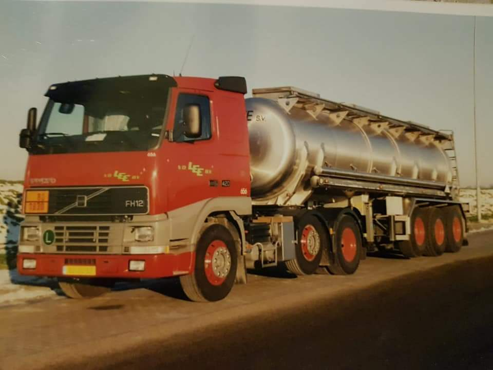 Barrie-Bron-Volvo-FH12