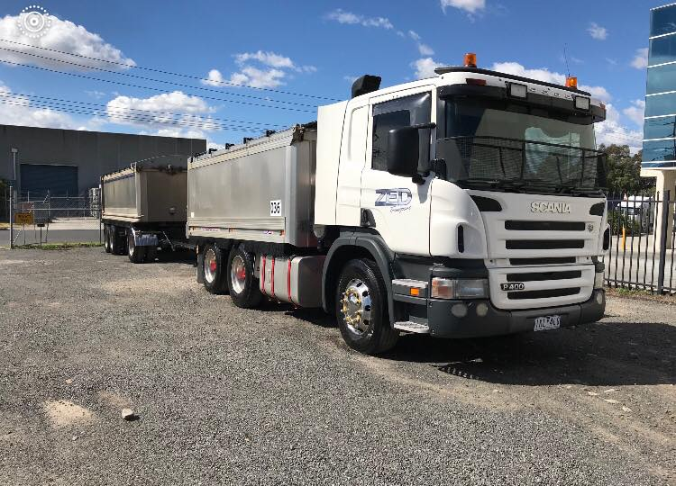 Somerton-Scania-P400