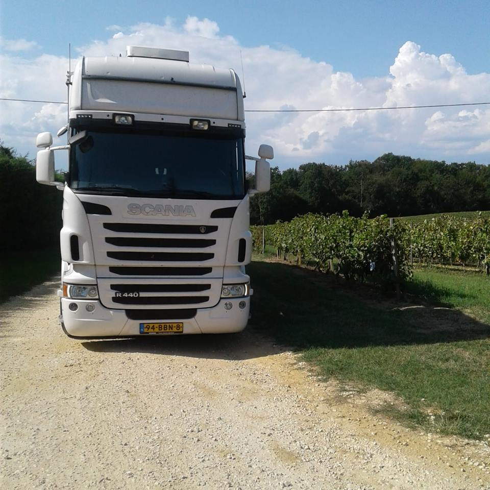 Scania-R440-van-Jo-