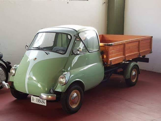 1959-Isetta-Truck-Custom-Jose-M-Reyes--