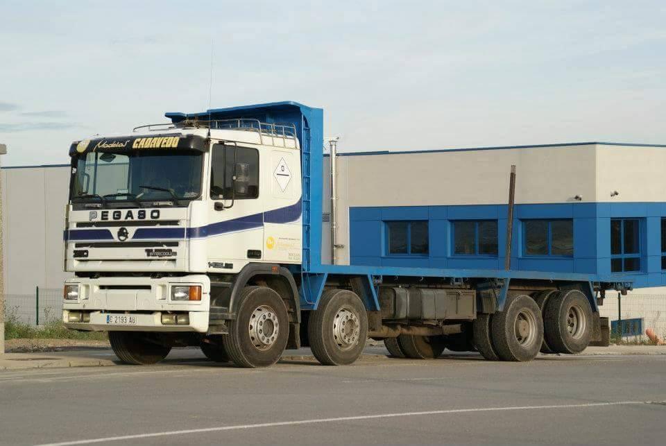 Madereros---Hout--trucks--68