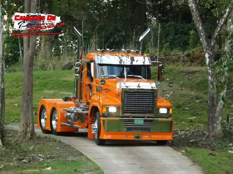 Internationale-trucks--19