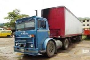 Mack-trucks-10