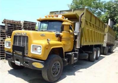 Mack-trucks-14
