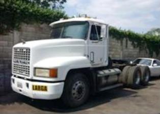 Mack-trucks-16