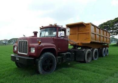 Mack-trucks-17