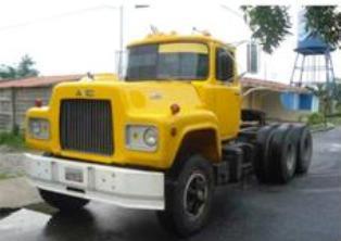 Mack-trucks-18
