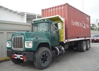 Mack-trucks-19