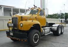 Mack-trucks-21