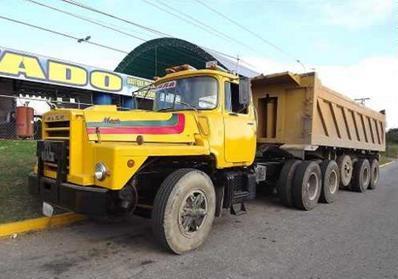 Mack-trucks-6