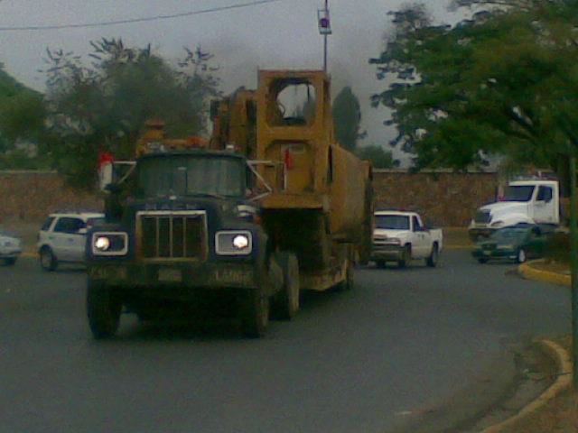 Mack-trucks-7