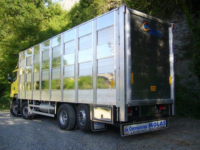 Ganaderos-Varkens-Camions--64