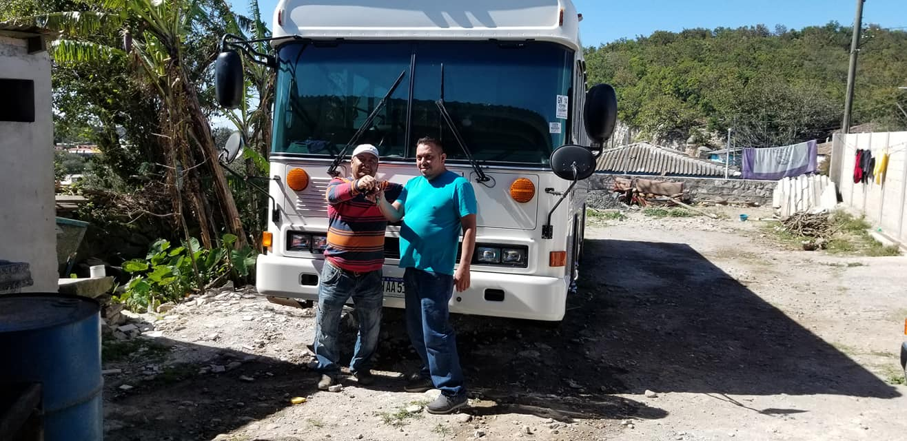 Luis-Sandres-de-Santa-Ana-FM-Honduras