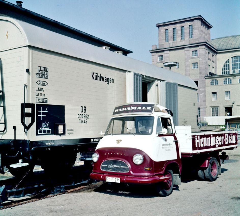 Frankfurt-1961-Hanomag-Kurier
