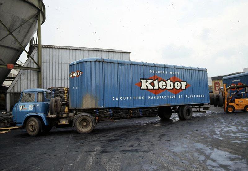 Saviem-SM8T-remorque-Kleber