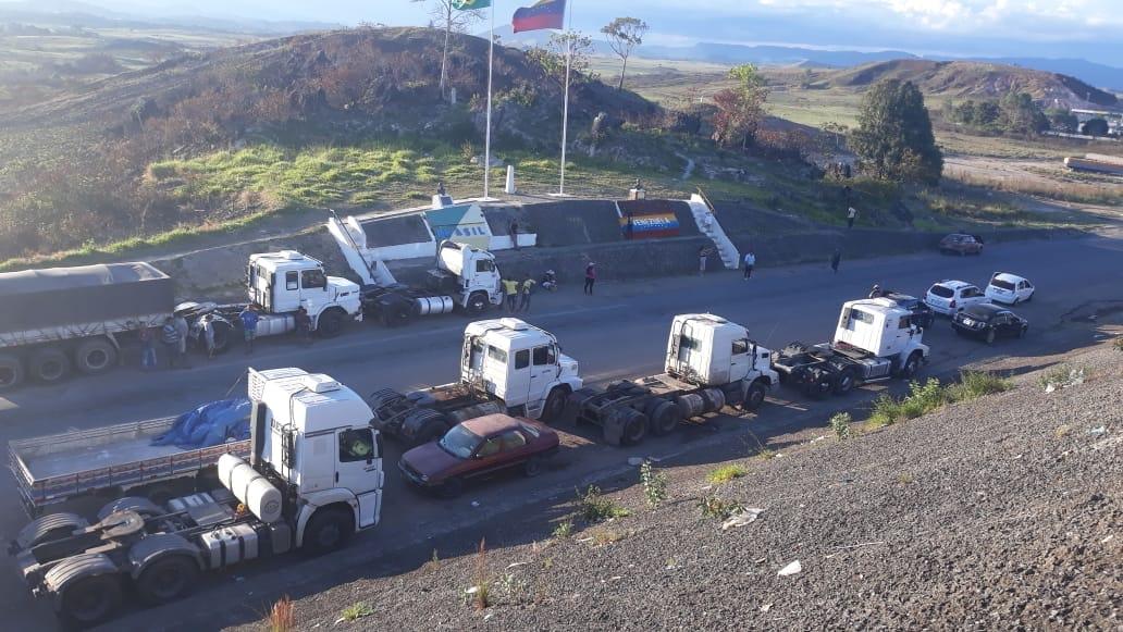 Grens-naar-Venezuela-gesloten-voor-hulpgoederen-8-2-2019--4