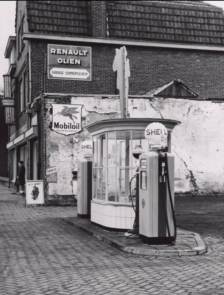 Tankstation-Zonneschijn-Heerlebaan-1975