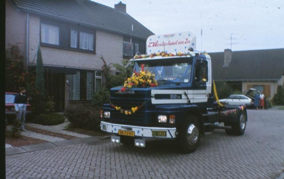 Scania-82M