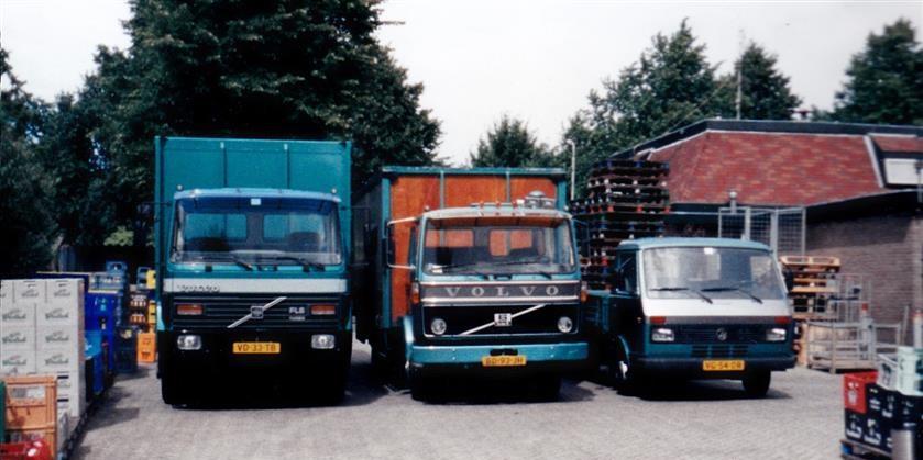 Volvo-FL-6--6-VD-33-TB-BD-93-JH-Volkswagen-LT-VG-54-DR[1]