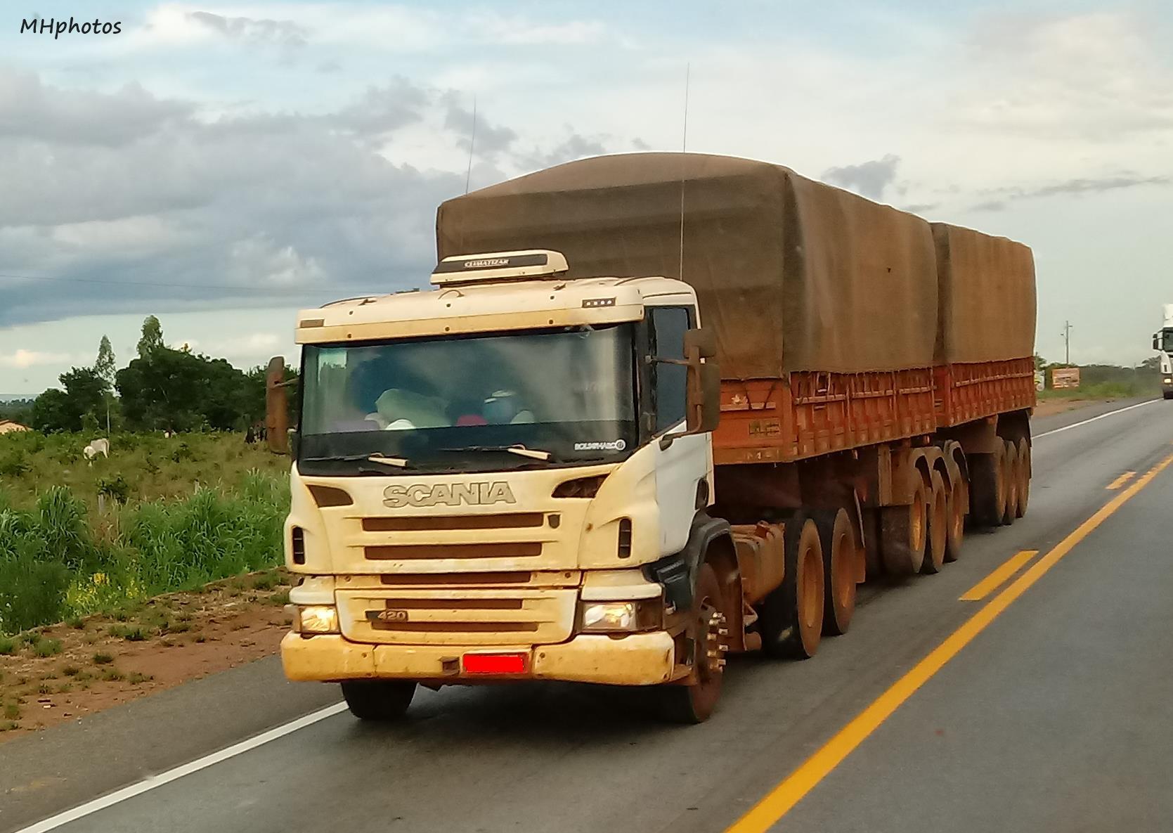 Scania-P420-6x4-9-eixos