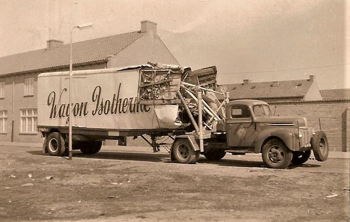 Ford-1954----bij-Textielplein-Tilburg-2