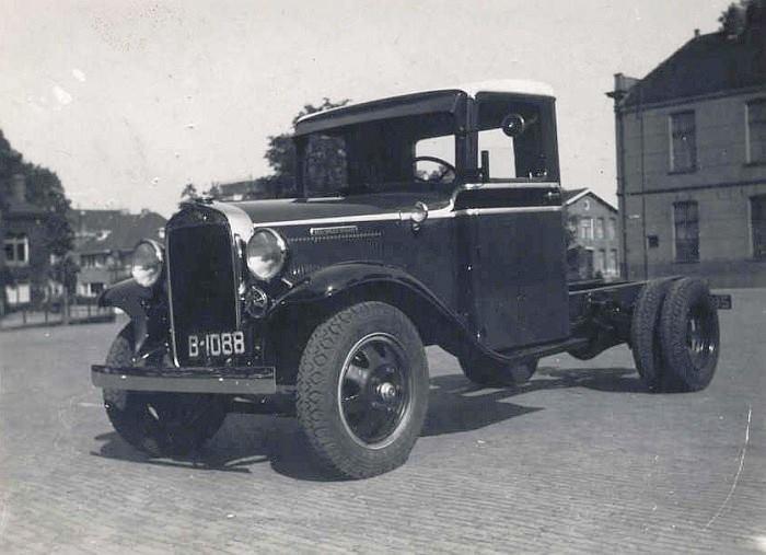 B-1088--A-Douma-Sneek-oude-Koemarkt-1914-