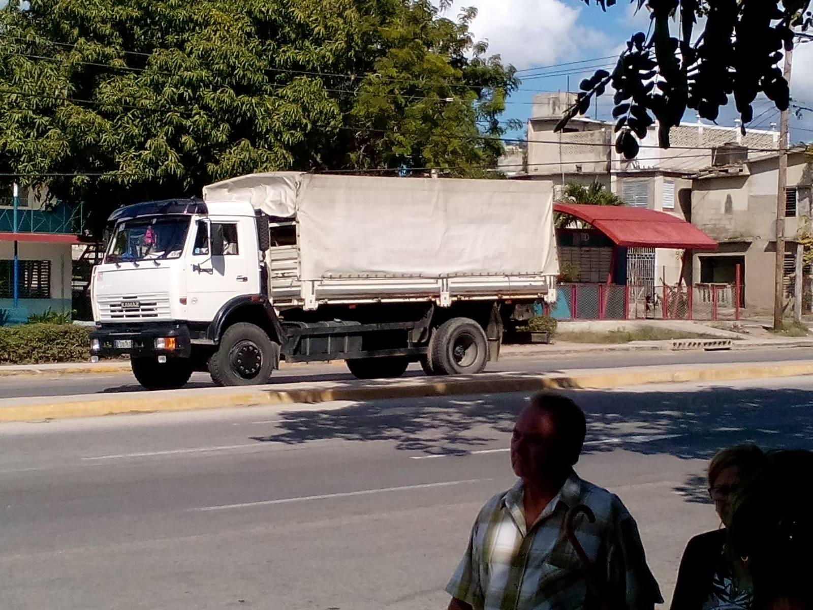Truck-brand-kamaz-geimporteerd-eind-2017--start-van-2018--deze-aangekomen-nieuw