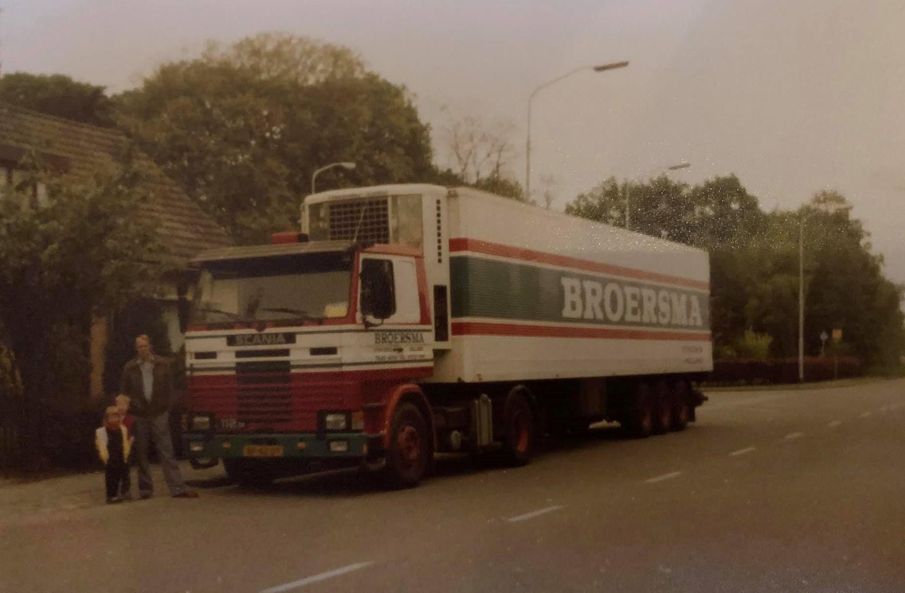 scania--Laatste-rit-Pieter-de-Poel--4-8-1984-