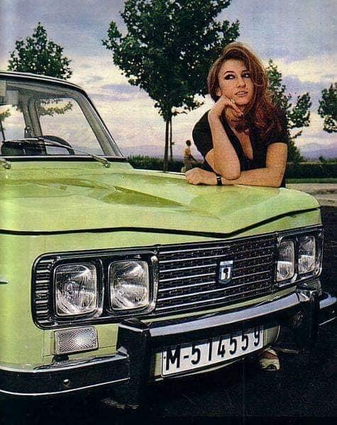 Renault--8