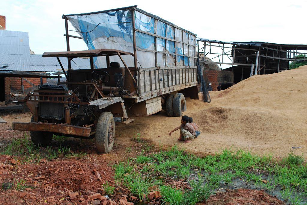 Cambodja---vrachtwagen-nog-in-gebruik--30-3-2019--1