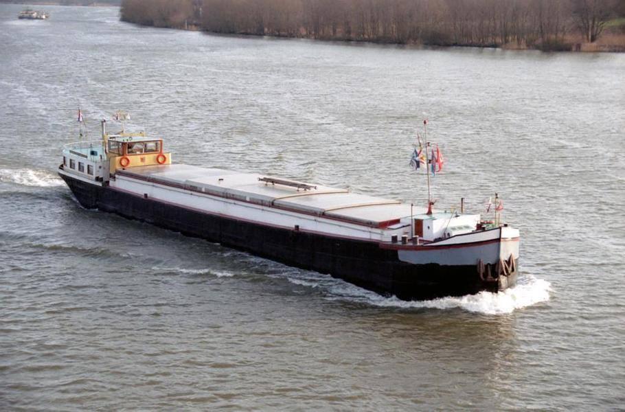 z-1977-tot-2007-546-ton-lengte-5010-cm-