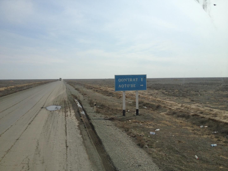 Een-paar-mooie-foto-s-van-onze-trucks-in-zuid-kazachstan--deze-week--op-weg-van-nederland-naar-kabul--afghanistan-voedsel-brengen-aan-de-navo-soldaten-slechte-wegen-he--foto-s-gemaakt-Seyhun-1-4-201914