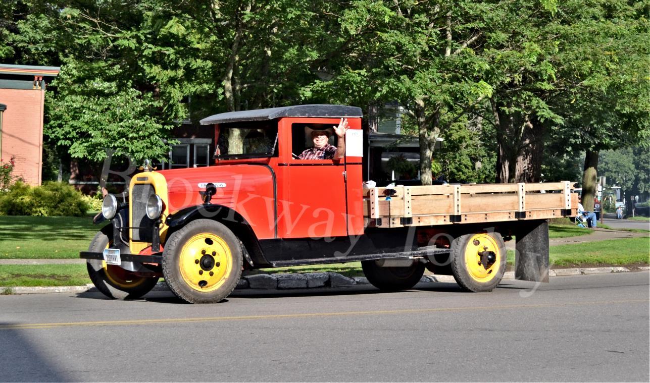 1929-1-1-2-ton-Brockway
