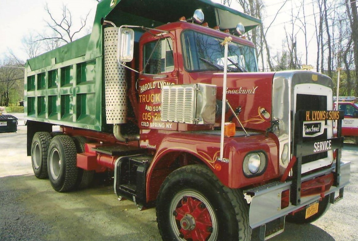 1974-Brockway-E359LL-after-he-restored-it-2