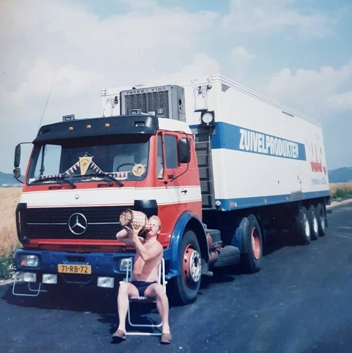 Dirk-Van-Den-Berg-zijn-eerste-wagen-bij-het-bedrijf--2