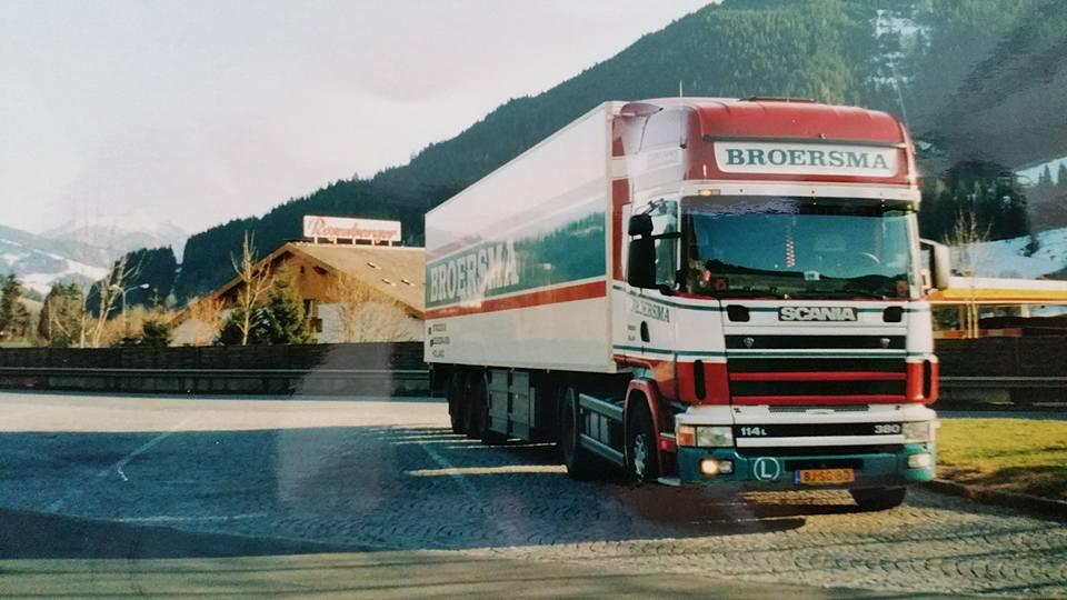 scania-met-volgelzang-trailer---Hendrik-Postma