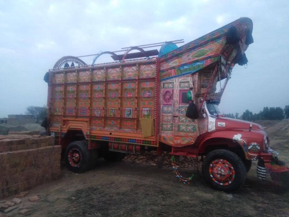Bedford-in-Pakistan--3
