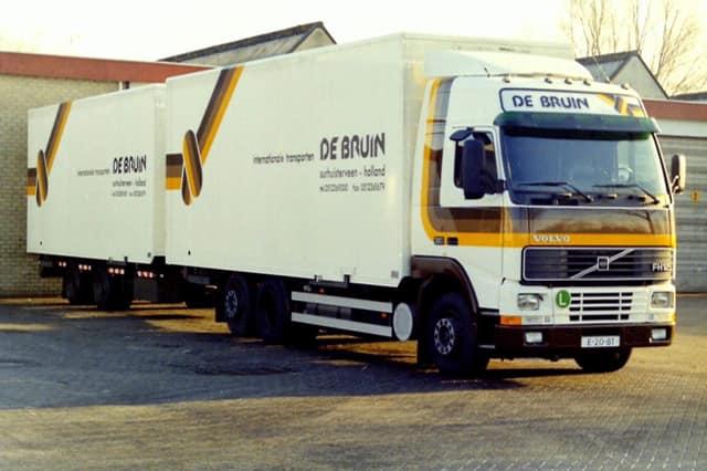 Volvo--FH12-combi-voor-Willem-de-Groot